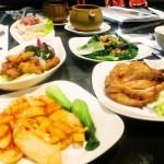 [簡食]台北市>內湖區>伍角船板~像隻浮游生物般在夾縫中用餐的奇異經驗
